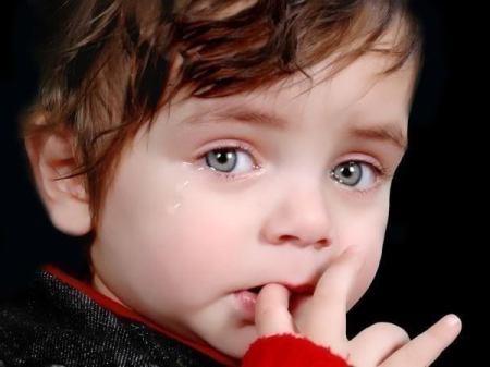 اطفال حزينة (4)