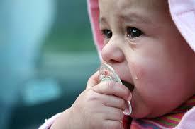 اطفال حزينة (5)