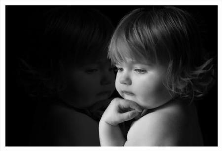 صورة اطفال حزينة