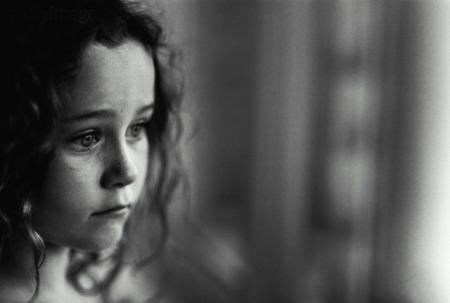 صور أطفال حزينة (3)