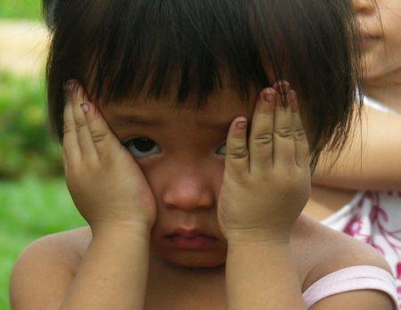 صور اطفال حزينة جدا (5)