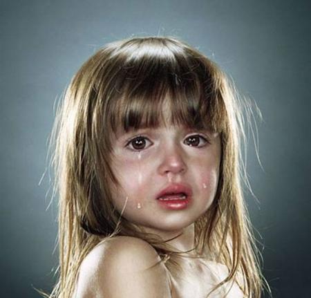 صور اطفال حزينة (3)