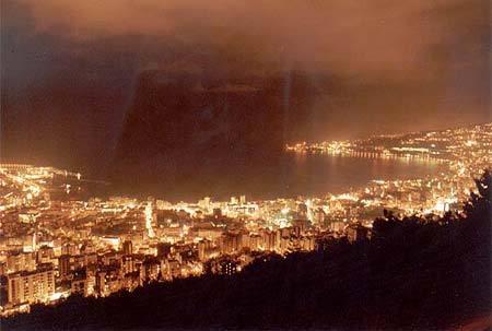 صور عن لبنان في الليل