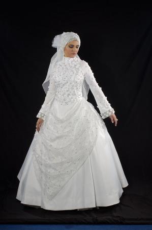 صور فساتين زفاف محجبات