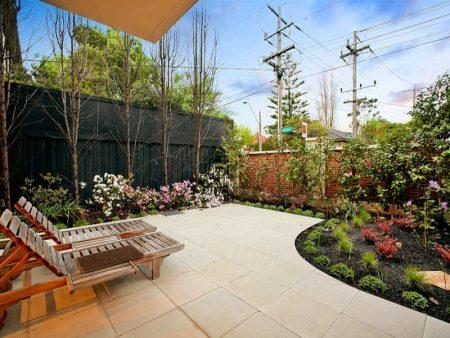 حدائق بيوت (1)