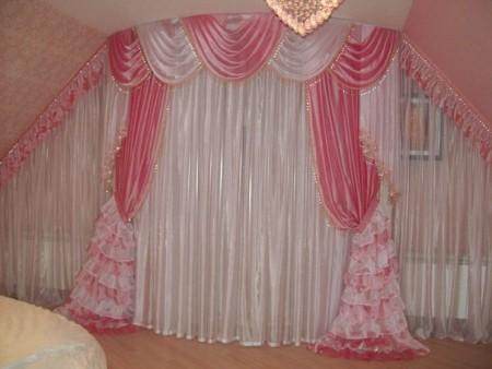 صور ستائر غرف نوم وردي