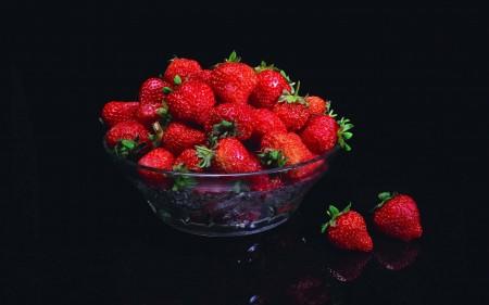فراولة بالصور (4)