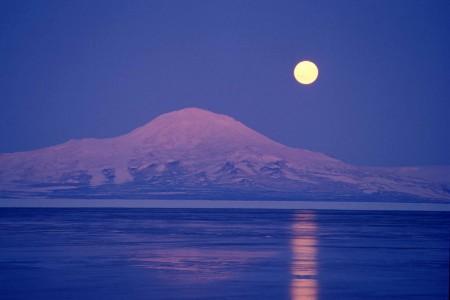 القمر (6)