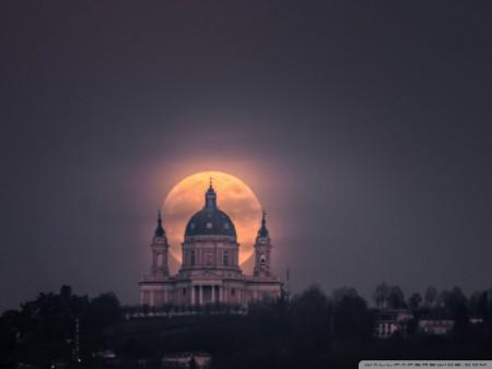 القمر (7)