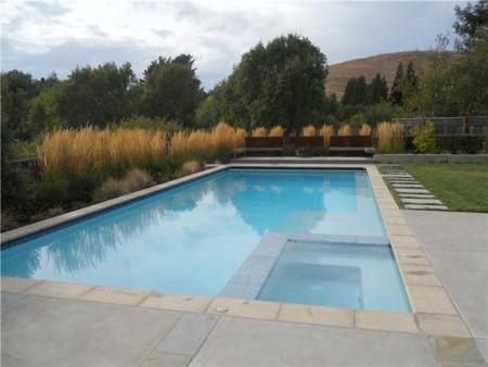 حمامات السباحة (1)