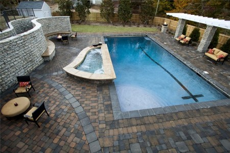 حمام السباحة (3)
