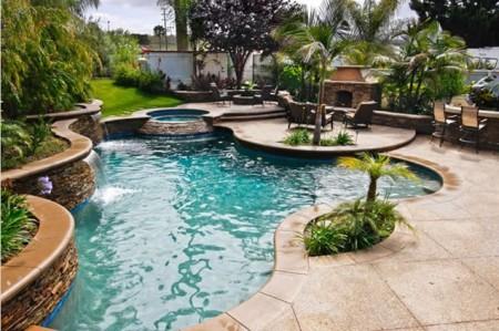 حمام السباحة (4)