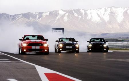 صور سيارات فخمة جدا (3)