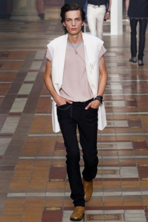 موضة ملابس الشباب الستايل (1)