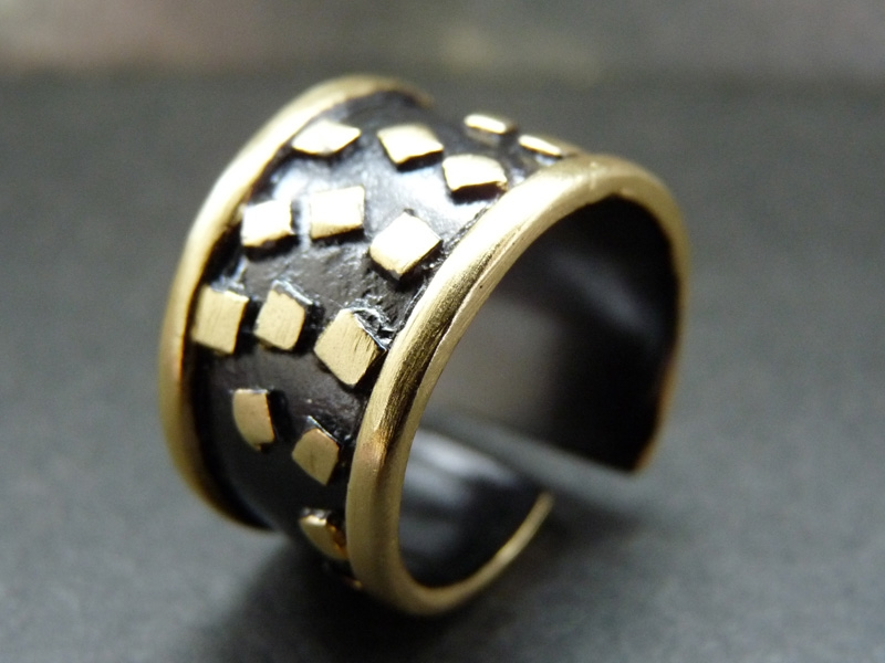 خاتم ذهب  (1)