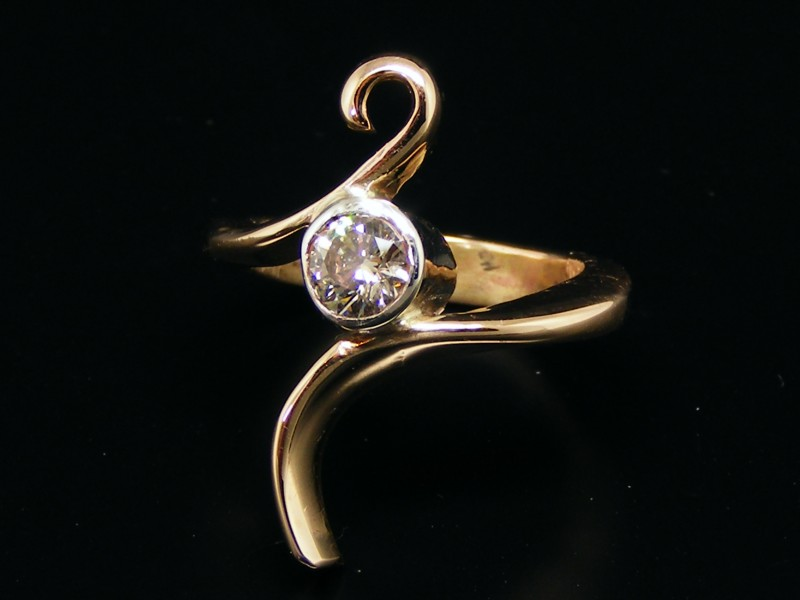 خاتم ذهب  (4)