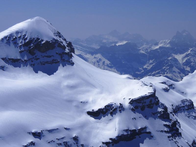 جبال طبيعية جميلة (2)