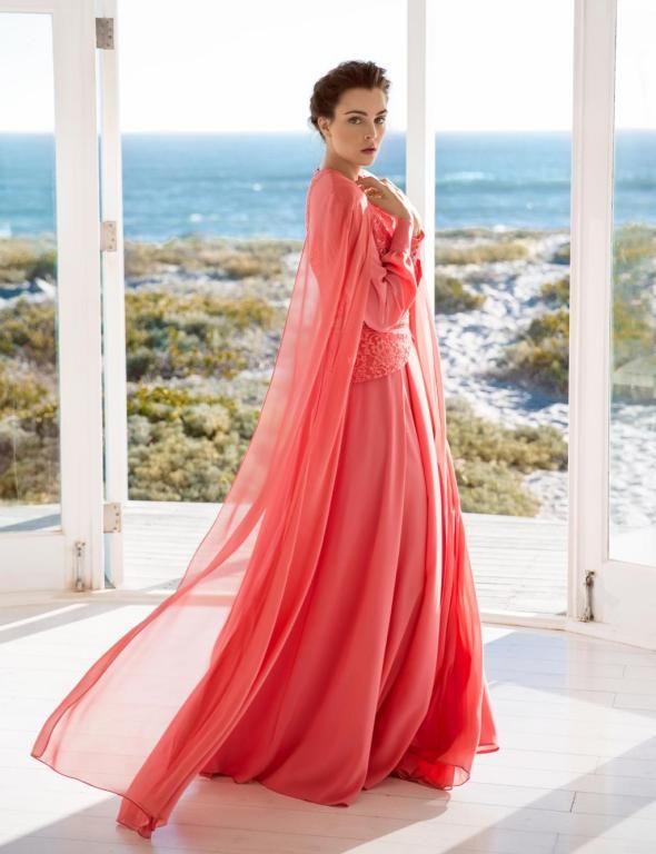 صور فستان خطوبة للبنات المحجبات2016 (3)