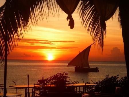 غروب الشمس علي البحر بالصور (3)