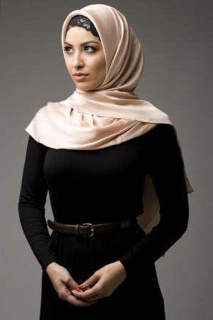 طرق لف الحجاب  (1)