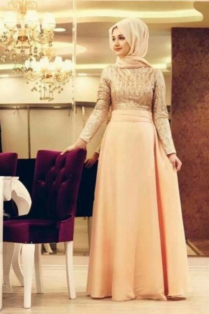 a05c7b1ff4842 فستان خطوبتي مميز بين الكل ... نجلاء - منتدى فتكات