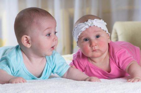 صور اطفال توأم  (1)