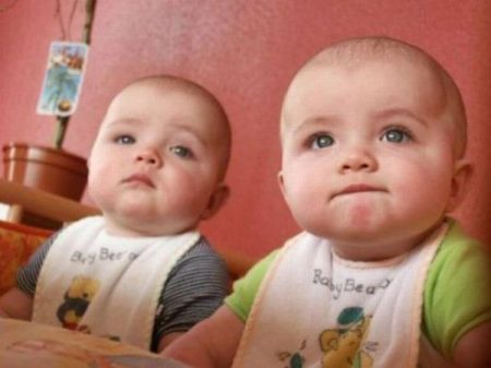 صور اطفال توائم (4)