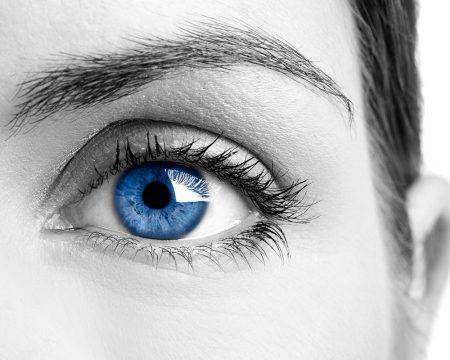 خلفيات عيون زرقاء للموبايل (4)