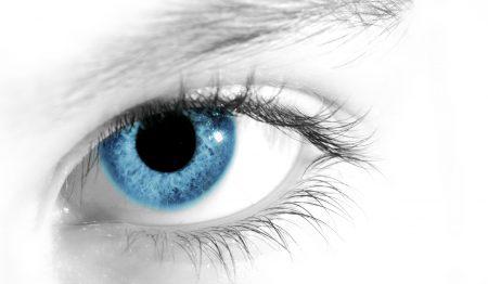 عيون باللون الازرق (2)