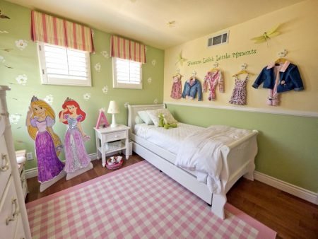 غرفة بنات (3)