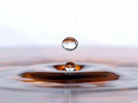 صور قطرات الماء في البوم خلفيات HD لقطرة الماء (2)