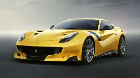 صور سيارات فيراري صفراء (1)