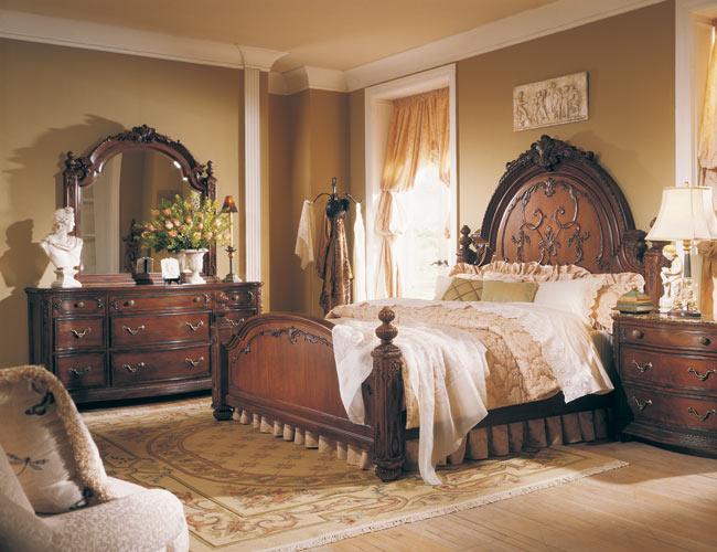 غرف نوم كلاسيك بديكورات فخمة لعشاق الكلاسيكيه