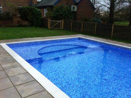 صور مسابح للفلل والقصور احدث صور حمامات سباحة (1)