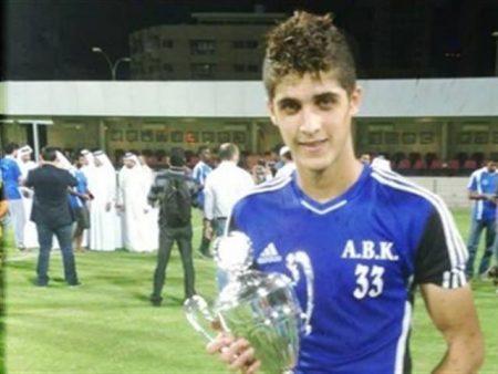 لاعب النادي الاهلي احمد الشيخ (3)