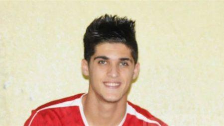 لاعب النادي الاهلي احمد الشيخ (4)
