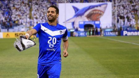 اللاعب ياسر القحطاني (4)