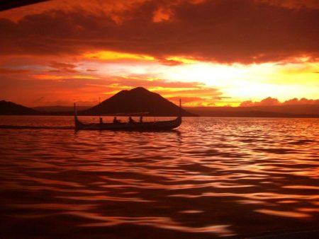 صور غروب الشمس علي البحار (1)