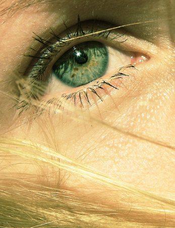 رسومات عيون خضراء (2)