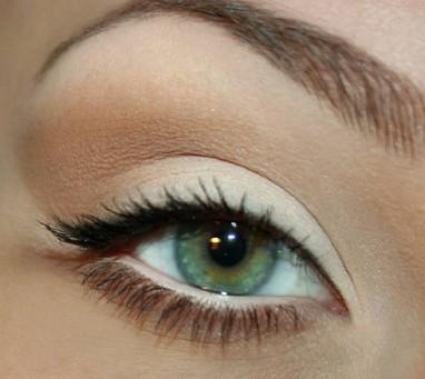 عيون اخضر جميلة (1)