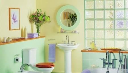 ديكورات حمامات صغيرة الحجم