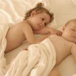 اطفال بنات وولاد كيوت