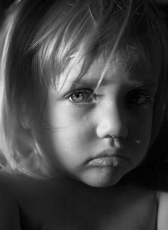 اجمل صور اطفال حزينة (5)