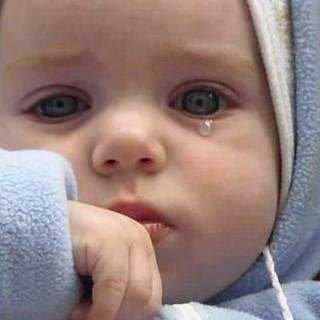 اجمل صور اطفال حزينة