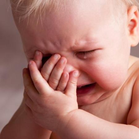 اطفال حزينة (3)
