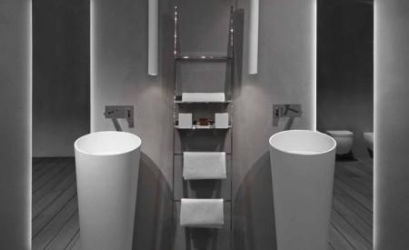 تصاميم حمامات باللون الأبيض