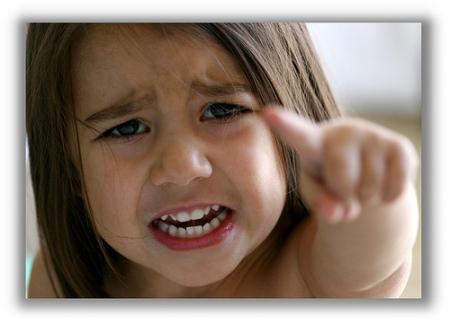 صور اطفال حزن (5)