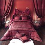 صور مفارش السرير احمر