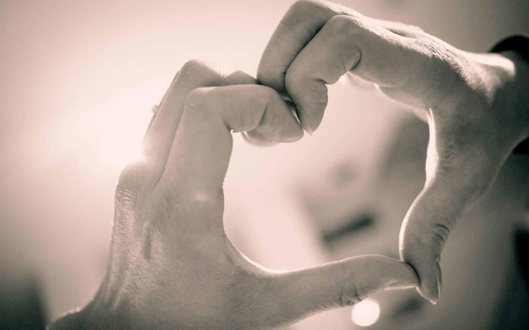 احلي صور قلوب وحب ورومانسية (3)