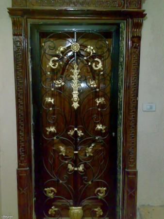 باب حديد شقة درفة واحدة